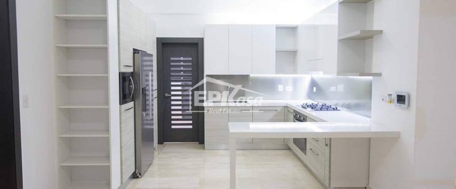 Apartamento en venta próximo a la Av.27 de febrero, Cerros de Gurabo I.